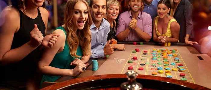 Enjoy Real Fun of Gambling through Online Casino