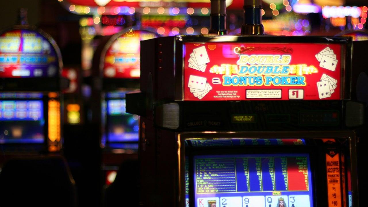 casino slot card holder